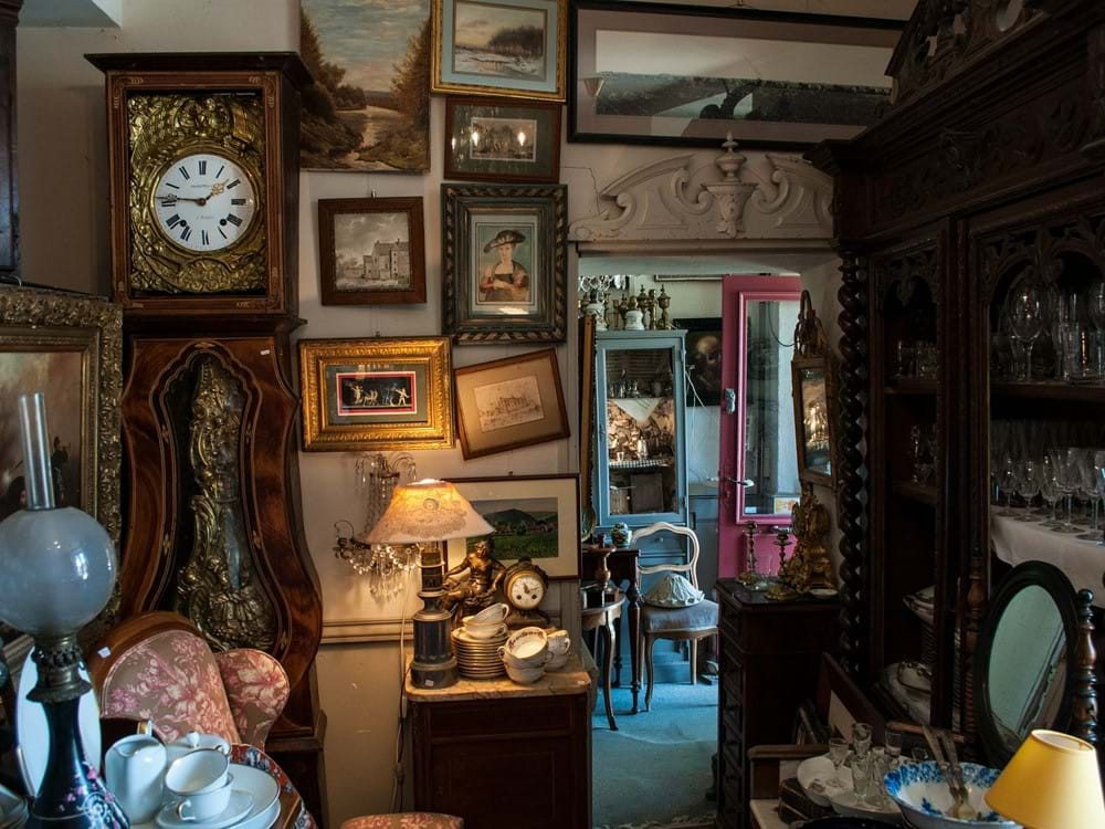 Antiques weekends