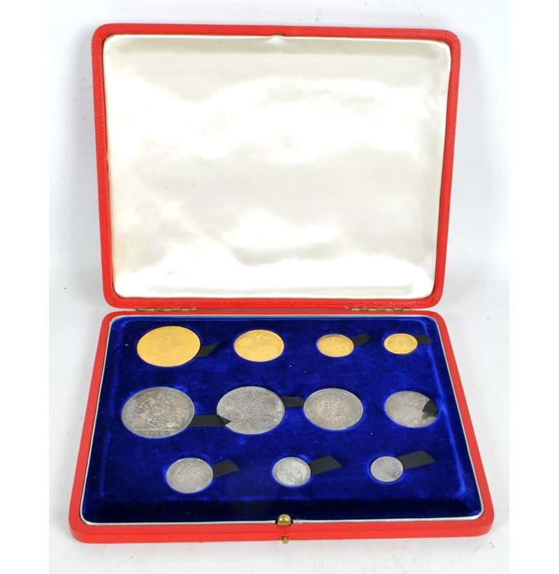 A cased Victorian eleven coin set.